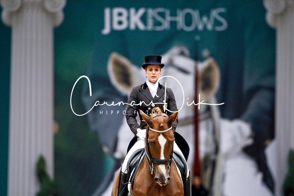 De Deken Julie (BEL) - Fazzino<br /> JBK Horse Show Odense 2010<br /> &copy; Hippo Foto - Leanjo de Koster