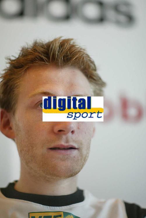 Friidrett, 12. juni 2002. Pressekonferanse før Bislett Games 2002. Marius Bakken.