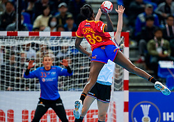 15-12-2019 JAP: Final Netherlands - Spain, Kumamoto<br /> The Netherlands beat Spain in the final and take historic gold in Park Dome at 24th IHF Women's Handball World Championship / Alexandrina Cabral Barbosa #86 of Spain