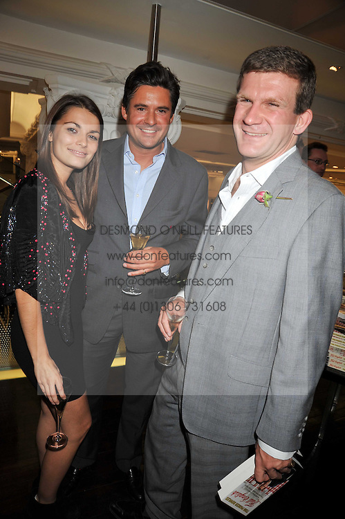 EDWARD TAYLOR, Jennifer Medhurst and HON.PEREGRINE HOOD at the launch of Tom Parker Bowles's new book 'Full English' held in the Gallery Restaurant, Selfridges, Oxford Street, London on 9th September 2009.