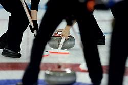 12-02-2014 CURLING: OLYMPIC GAMES: SOTSJI<br /> Japan verslaat Rusland met 8-4. item curling vegen<br /> ©2014-FotoHoogendoorn.nl