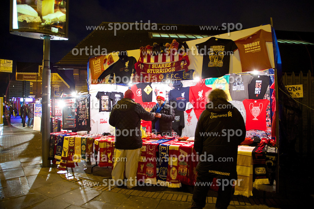 28.01.2014, Anfield, Liverpool, ENG, Premier League, FC Liverpool vs FC Everton, 23. Runde, im Bild Liverpool merchandise sold outside Anfield // during the English Premier League 23th round match between Liverpool FC and Everton FC at Anfield in Liverpool, Great Britain on 2014/01/29. EXPA Pictures © 2014, PhotoCredit: EXPA/ Propagandaphoto/ David Rawcliffe<br /> <br /> *****ATTENTION - OUT of ENG, GBR*****