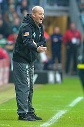 13.11.2010, Weser Stadion, Bremen, GER, 1.FBL, Werder Bremen vs 1. FC Eintracht Frankfurt im Bild Thomas Schaaf ( Werder  - Trainer  COACH)    EXPA Pictures © 2010, PhotoCredit: EXPA/ nph/  Kokenge+++++ ATTENTION - OUT OF GER +++++