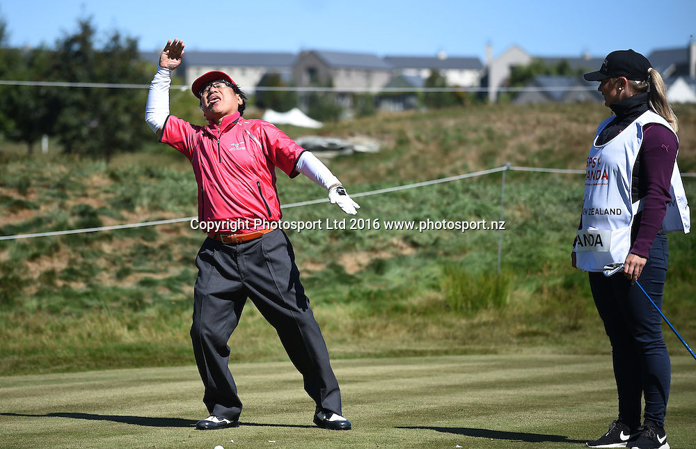 Dr Handa does a haka during Round 2 at Millbrook during 2016 BMW ISPS Handa New Zealand Open. Friday 11 March 2016. Arrowtown, New Zealand. Copyright photo: Andrew Cornaga / www.photosport.nz