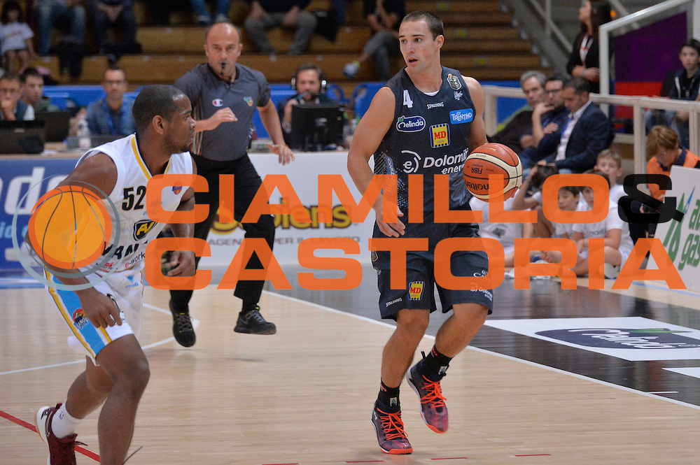 Aaron Craft<br /> Dolomiti Energia Aquila Basket Trento - Vanoli Cremona<br /> Lega Baket Serie A 2016/2017<br /> Trento, 09/10/2016<br /> Foto Ciamillo-Castoria