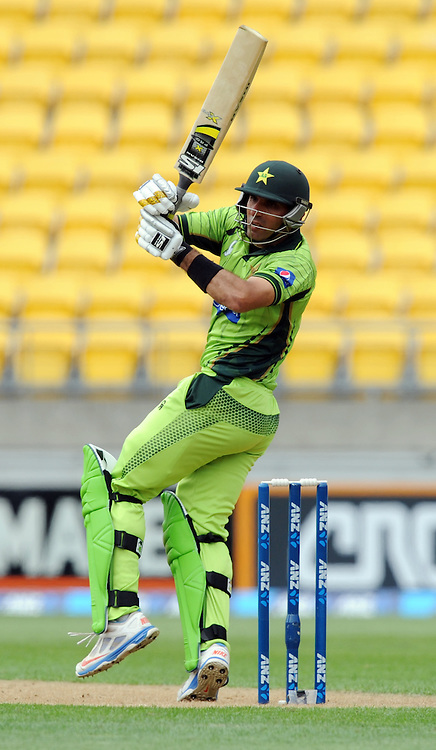 Pakistan's Misbah-ul-Haq batting against New Zealand in the 1st One Day International cricket match at Westpac Stadium, New Zealand, Saturday, January 31, 2015. Credit:SNPA / Ross Setford