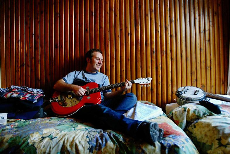 Songwriter Jeff Lang - Sydney Morning Herald