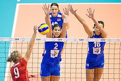 24.09.2011, Hala Pionir, Belgrad, SRB, Europameisterschaft Volleyball Frauen, Vorrunde Pool A, Serbien (SRB) vs. Frankreich (FRA), im Bild Anna Rybaczewski (#9 FRA) - Jovana Brakocevic (#2 SRB), Milena Rasic (#16 SRB) // during the 2011 CEV European Championship, First round at Hala Pionir, Belgrade, SRB, 2011-09-24. EXPA Pictures © 2011, PhotoCredit: EXPA/ nph/  Kurth       ****** out of GER / CRO  / BEL ******