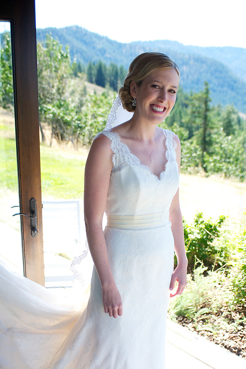 Emily Campbell & Brenden Cashmere Wedding
