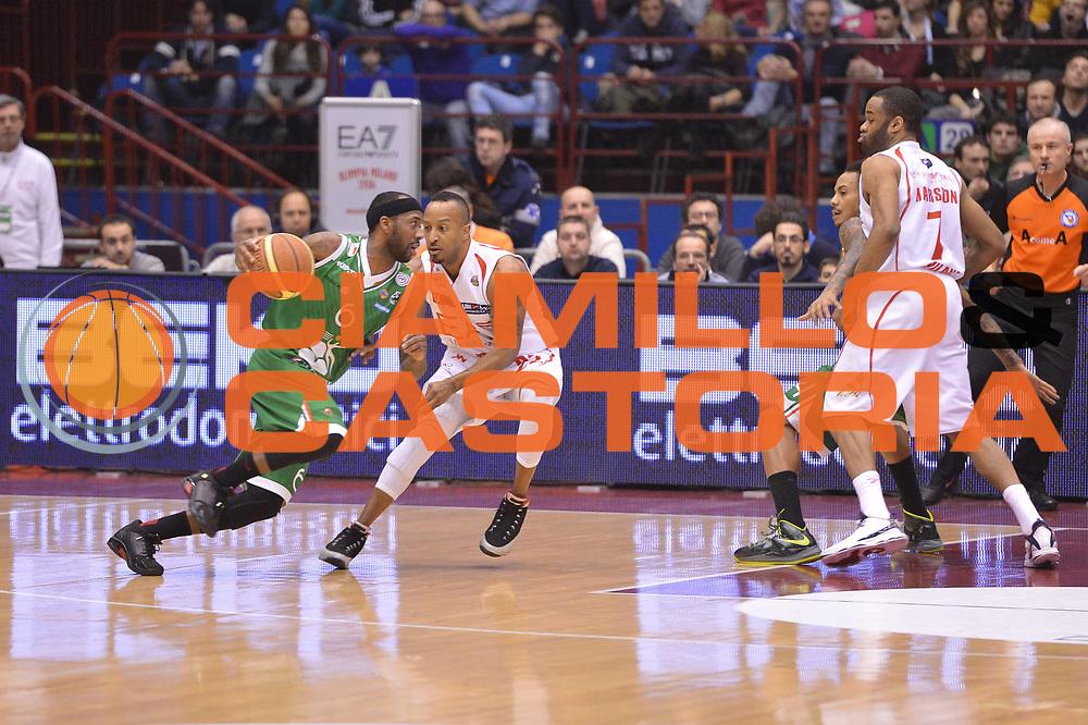 DESCRIZIONE :  Milano Lega A 2012-13 EA7 Emporio Armani Milano Montepaschi Siena<br /> GIOCATORE : Bobby Brown<br /> CATEGORIA : controcampo marketing<br /> SQUADRA : Montepaschi Siena<br /> EVENTO : Campionato Lega A 2012-2013 <br /> GARA : EA7 Emporio Armani Milano Montepaschi Siena<br /> DATA : 03/03/2013<br /> SPORT : Pallacanestro <br /> AUTORE : Agenzia Ciamillo-Castoria/GiulioCiamillo<br /> Galleria : Lega Basket A 2012-2013  <br /> Fotonotizia : Milano Lega A 2012-13 EA7 Emporio Armani Milano Montepaschi Siena<br /> Predefinita :