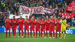 13.04.2013, Madejski Stadion, Reading, ENG, Premier League, FC Reading vs FC Liverpool, 33. Runde, im Bild Liverpool players stand before the minute's silence in memory of the 96 victims of the Hillsborough Stadium disaster, before during the English Premier League 33th round match between Reading FC and Liverpool FC at the Madejski Stadium, Reading, Great Britain on 2013/04/13. EXPA Pictures © 2013, PhotoCredit: EXPA/ Propagandaphoto/ David Rawcliffe..***** ATTENTION - OUT OF ENG, GBR, UK *****