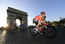 July 28, 2019, Edinburgh, France: PARIS, FRANCE - JULY 28 : ROCHE Nicolas (IRL) of Team Sunweb on the Champs-Élysées, Arc de Triomphe during stage 21 of the 106th edition of the 2019 Tour de France cycling race, a stage of 128 kms between Rambouillet and Paris Champs-Elysees on July 28, 2019 in Paris, France, 28/07/2019 (Credit Image: © Panoramic via ZUMA Press)