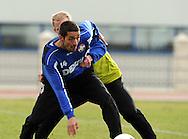 06-01-2009 Voetbal:Willem II:Trainingskamp:Torremolinos:Spanje<br /> Mohamed Messoudi in duel met Danny Mathijssen tijdens de training<br /> Foto: Geert van Erven