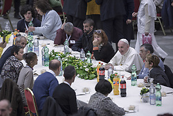 Vatican, Rome - November 18, 2018.Pope Francis has a lunch with destitute people, on November 18, 2018, at the Paul VI audience hall in Vatican, to mark the World Day of the Poor (Credit Image: © Maria Grazia Picciarella/Ropi via ZUMA Press)