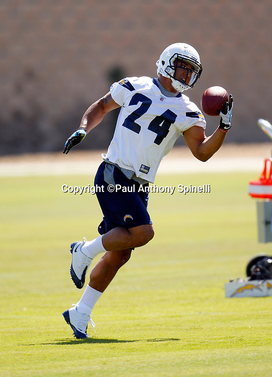 San Diego Chargers rookie running back Ryan Mathews (24) catches a one handed pass during a Chargers rookie minicamp on May 7, 2010 in San Diego, California. (©Paul Anthony Spinelli)
