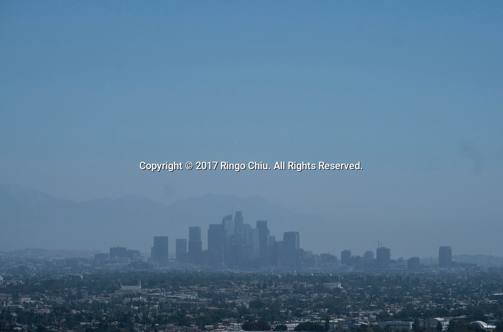 Smog shroud the sky of downtown Los Angeles on June 25, 2017. (Photo by Ringo Chiu)<br /> <br /> Usage Notes: This content is intended for editorial use only. For other uses, additional clearances may be required.