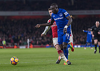 Football - 2017 / 2018 Premier League - Arsenal vs. Everton<br /> <br /> Shkodran Mustafi (Arsenal FC) gets a foot in on Oumar Niasse (Everton FC ) to break up the Everton attack at The Emirates.<br /> <br /> COLORSPORT/DANIEL BEARHAM