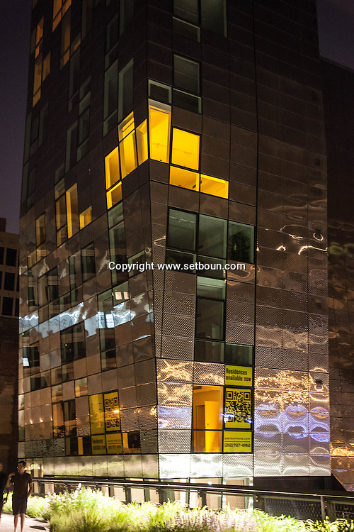 New York , Chelsea, 245 tenh avenue building. Shimmering new condominium designed by Della Valle Bernheimer perched above the High Line Park.