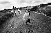 February 1995, Kenya, Nairobi, Korokocho  © ISABELLA BALENA www.isabellabalena.com