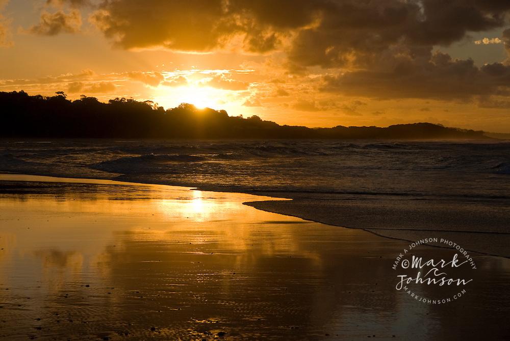 Cylinder Beach, N. Stradbroke Island, Queensland, Australia