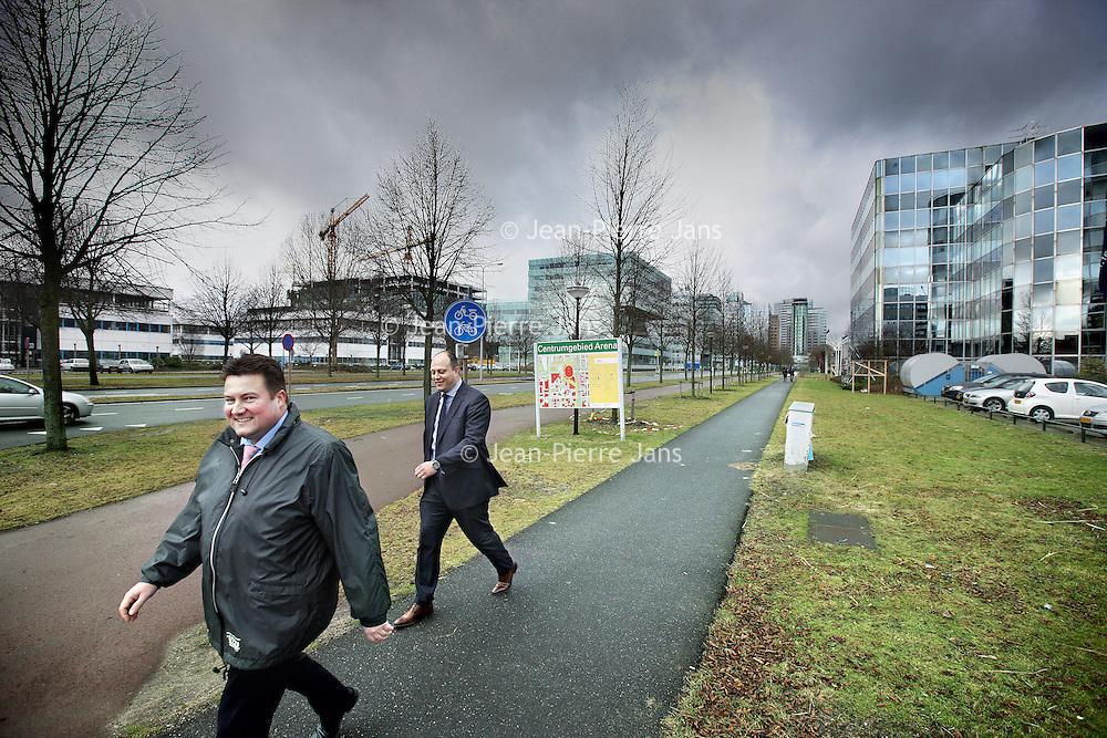 Nederland, Amsterdam , 19 januari 2011..Hondsrugweg, onderdeel van het mistroostige bedrijventerrein Amstel III in Amsterdam Zuid Oost..Foto:Jean-Pierre Jans