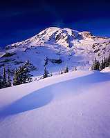 Mount Rainier 14,411¬?ft (4,392¬?m)in winter, Mount Rainier National Park Washington USA