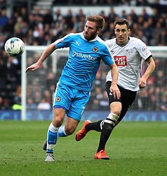 James Henry of Wolverhampton Wanderers (C) and Craig Forsyth of Derby County in action - Mandatory byline: Jack Phillips / JMP - 07966386802 - 18/10/2015 - FOOTBALL - The iPro Stadium - Derby, Derbyshire - Derby County v Wolverhampton Wanderers - Sky Bet Championship