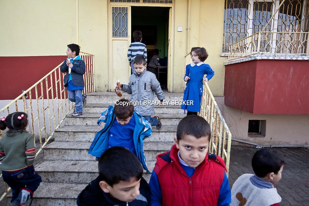 Break time half way through the school day at the Albashayer School for Syrian refugee children, Antakya, Turkey. 14/12/2012. Bradley Secker for The Washintgon Post