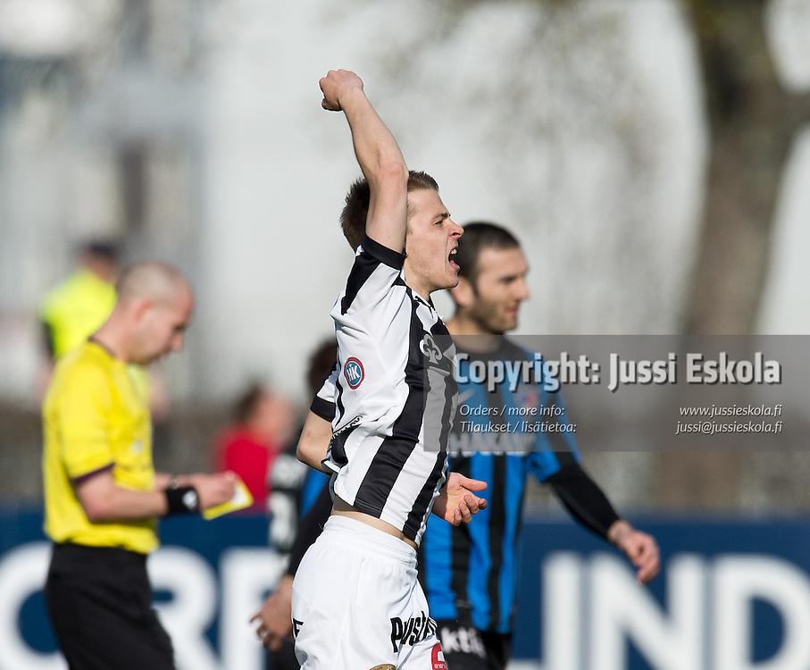 Roope Riski juhlii avausmaalia. TPS - Inter. Veikkausliiga. Turku, 13.5.2013. Photo: Jussi Eskola