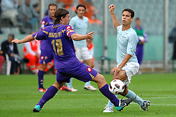 18.09.2010, Stadio Artemio Franchi, Florenz, ITA, Serie A, AC Florenz vs Lazio Rom, im BildRiccardo MONTOLIVO Fiorentina, HERNANES Lazio.EXPA Pictures © 2010, PhotoCredit: EXPA/ InsideFoto/ Andrea Staccioli +++++ ATTENTION - FOR USE IN AUSTRIA / AUT AND SLOVENIA / SLO ONLY +++++... / SPORTIDA PHOTO AGENCY
