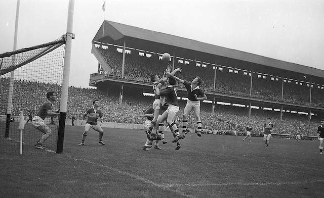 Kerry's S. Murrey and B. Glynn out-jump the Westmeath forwards near the Kerry goal during the All Ireland Minor Gaelic Football Final Kerry v. Westmeath in Croke Park on the 22nd September 1963.