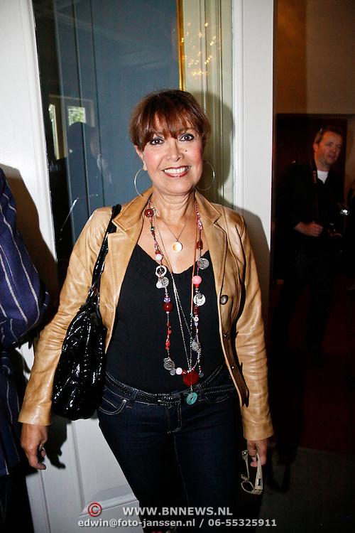 NLD/Amsterdam/20100913 - Presentatie DVD box als hommage aan Jos Brink, Sandra Reemer