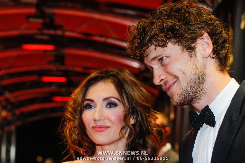 NLD/Utrecht/20130104 - NFF 2013 - Inloop Gouden Kalveren 2013, Carice van Houten en partner Kees van Nieuwkerk