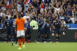 (L-R) Paul Pogba of France, Samuel Umtiti of France, Quincy Promes of Holland, Raphael Varane of France, Ngolo Kante of France,  Feyenoord goalkeeper Justin Bijlow, Kylian Mbappe of France, Olivier Giroud of France during the UEFA Nations League A group 1 qualifying match between France and The Netherlands on September 09, 2018 at Stade de France in Saint Denis,  France