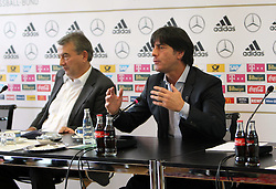 18.10.2013, DFB Zentrale, Frankfurt, GER, DFB Pressekonferenz, im Bild DFB Pr&auml;sident Wolfgang Niersbach - Joachim Jogi L&ouml;w // during the DFB press conference to extend the contract of national coach Joachim Loew in the DFB headquarters in Frankfurt on 2013/10/18. EXPA Pictures &copy; 2013, PhotoCredit: EXPA/ Eibner-Pressefoto/ RRZ<br /> <br /> *****ATTENTION - OUT of GER*****