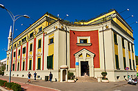Albanie, Tirana, place Skanderbeg, hotel de ville // Albania, Tirana, Skanderbeg square, city hall