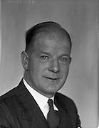 22/04/1959<br /> 04/22/1959<br /> 22 April 1959<br /> Irish Shell, long service staff. Mr. Hogan.