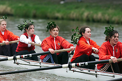 The Lent Bumps on the River Cambridge ..ST JOHNS, wearing green headdress, Ladies team in the 2nd division race,  March 2, 2000. Photo by Andrew Parsons / i-images..