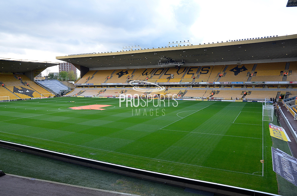 Molineux during the Sky Bet Championship match between Wolverhampton Wanderers and Burnley at Molineux, Wolverhampton, England on 7 November 2015. Photo by Alan Franklin.