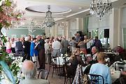 Tanztee in der Orangerie, ehem. Wandelhalle, Kurpark, Bad Homburg, Taunus, Rhein-Main-Gebiet, Hessen, Deutschland | dancing in former pump room, spa gardens, Bad Homburg, Taunus, Hesse, Germany