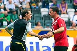 10.09.2011,  BorussiaPark, Mönchengladbach, GER, 1.FBL, Borussia Mönchengladbach vs 1. FC Kaiserslautern, im Bild.Florian Meyer ( Schiedsrichter) (L) begruesst Marco Kurz (Trainer 1. FC Kaiserslautern) (R) ..// during the 1.FBL, Borussia Mönchengladbach vs 1. FC Kaiserslautern on 2011/09/09, BorussiaPark, Mönchengladbach, Germany. EXPA Pictures © 2011, PhotoCredit: EXPA/ nph/  Mueller *** Local Caption ***       ****** out of GER / CRO  / BEL ******