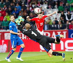 30.05.2014, Tivoli Stadion, Innsbruck, AUT, Fussball Testspiel, Oesterreich vs Island, im Bild (v.l.) Marcel Sabitzer (AUT), Hannes Por Halldorsson (ISL) // Marcel Sabitzer (AUT) (L) in action against Hannes Por Halldorsson (ISL) (R) during the International Friendly between Austria and Iceland at the Tivoli Stadion in Innsbruck, Austria on 2014/05/30. EXPA Pictures © 2014, PhotoCredit: EXPA/ Johann Groder