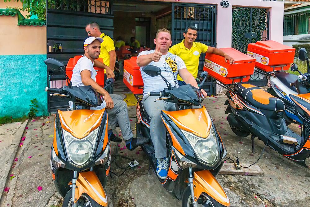 Ring Pizza Delivery in Havana Vedado, Cuba.