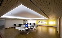 Listasafn Íslands, upplýsingasetur í kjallara. Innanhúss arkitektúr. Arkitektúr.is sá um umbætur. National Gallery of Iceland. Interior architecture, infocenter in basement.