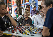 Singapore, playing chess in Chinatown