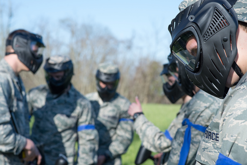 Airforce ROTC cadets work together to answer questions at their first checkpoint during their mobile exercise on April 16, 2016. Photo by Ohio University / Kaitlynn Stone