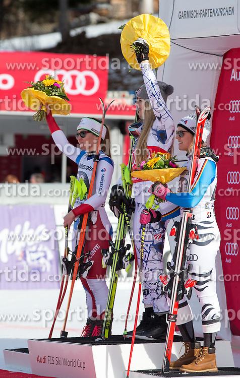 06.02.2016, Kandahar, Garmisch Partenkirchen, GER, FIS Weltcup Ski Alpin, Abfahrt, Damen, Siegerehrung, im Bild v.l. Fabienne Suter (SUI, 2. Platz), Lindsey Vonn (USA, 1. Platz), Viktoria Rebensburg (GER, 3. Platz) // 2nd placed Fabienne Suter of Switzerland ( L ), winner Lindsey Vonn of the USA ( R ) and 3rd placed Viktoria Rebensburg of Germany ( R ) on podium during the award winner ceremony for the ladies Downhill of Garmisch FIS Ski Alpine World Cup at the Kandahar course in Garmisch Partenkirchen, Germany on 2016/02/06. EXPA Pictures © 2016, PhotoCredit: EXPA/ Johann Groder