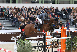 Staut Kevin, (FRA), Elky van het Indihof<br /> Grand Prix Hermes <br /> Saut Hermes Paris 2016<br /> &copy; Hippo Foto - Counet Julien