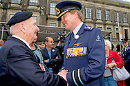 THE HAGUE - King Willem-Alexander, the annual Dutch Veterans Day is held again Saturday 25th June. Netherlands currently has more than 117,000 veterans. The National Veterans Day is an annual tribute to all veterans who have worked for peace in our country. The Veterans This year special attention include the winner of the writing contest, who wrote a special letter to the veteran. The medal winners of the Invictus Games and Veterans Dutchbat III brought to the attention. King Willem-Alexander, Prime Minister Rutte and Minister Hernis attend the event in The Hague. COPYRIGHT ROBIN UTRECHT<br /> DEN HAAG - Koning Willem-Alexander,  Op zaterdag 25 juni wordt de jaarlijkse Nederlandse Veteranendag weer gehouden. Nederland telt momenteel ruim 117.000 veteranen. De Nationale Veteranendag is een jaarlijks eerbetoon aan alle veteranen die zich ingezet hebben voor de vrede in ons land. De Veteranendag heeft dit jaar speciale aandacht voor onder andere de winnares van de schrijfwedstrijd, die een speciale brief schreef aan de veteraan. Ook de medaillewinnaars van de Invictus games en Veteranen Dutchbat lll worden onder de aandacht gebracht. Koning Willem-Alexander, Minister President Rutte en Minister Hernis zijn aanwezig bij het evenement in Den Haag. COPYRIGHT ROBIN UTRECHT