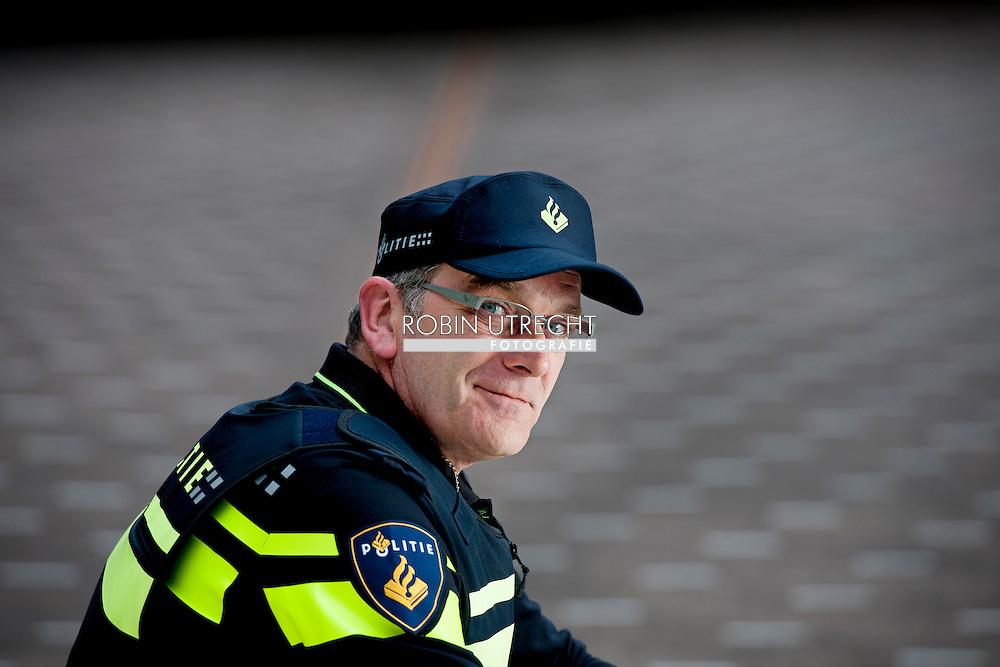 DEN HAAG - Portret van agent, Alwin de Kok COPYRIGHT ROBIN UTRECHT